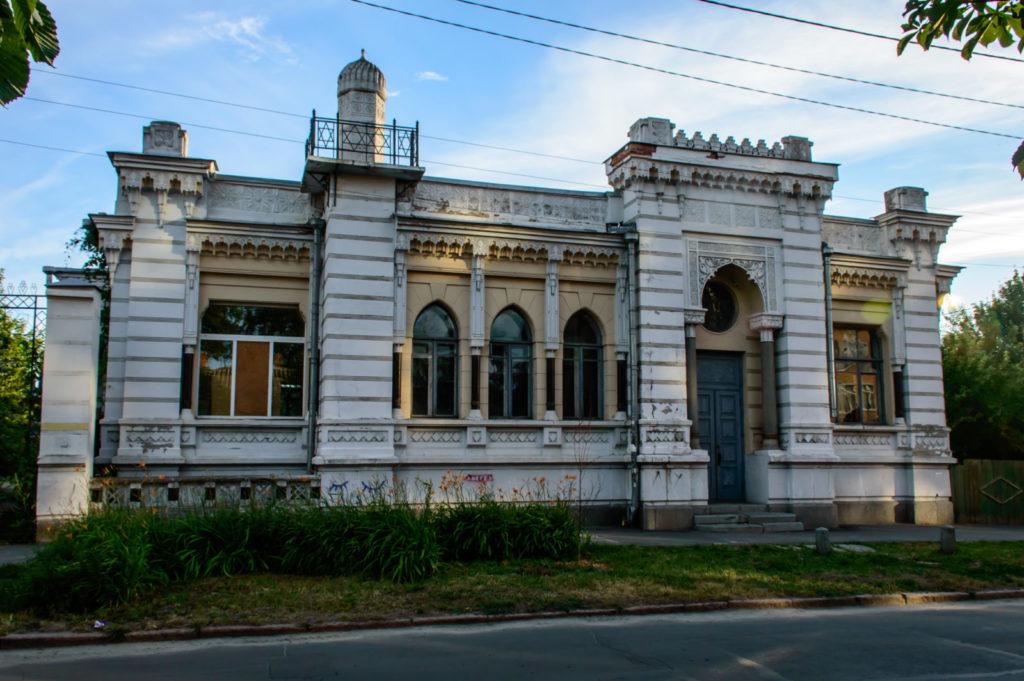 Особняк підрядника Бахмацького (Житловий будинок в мавританському стилі)