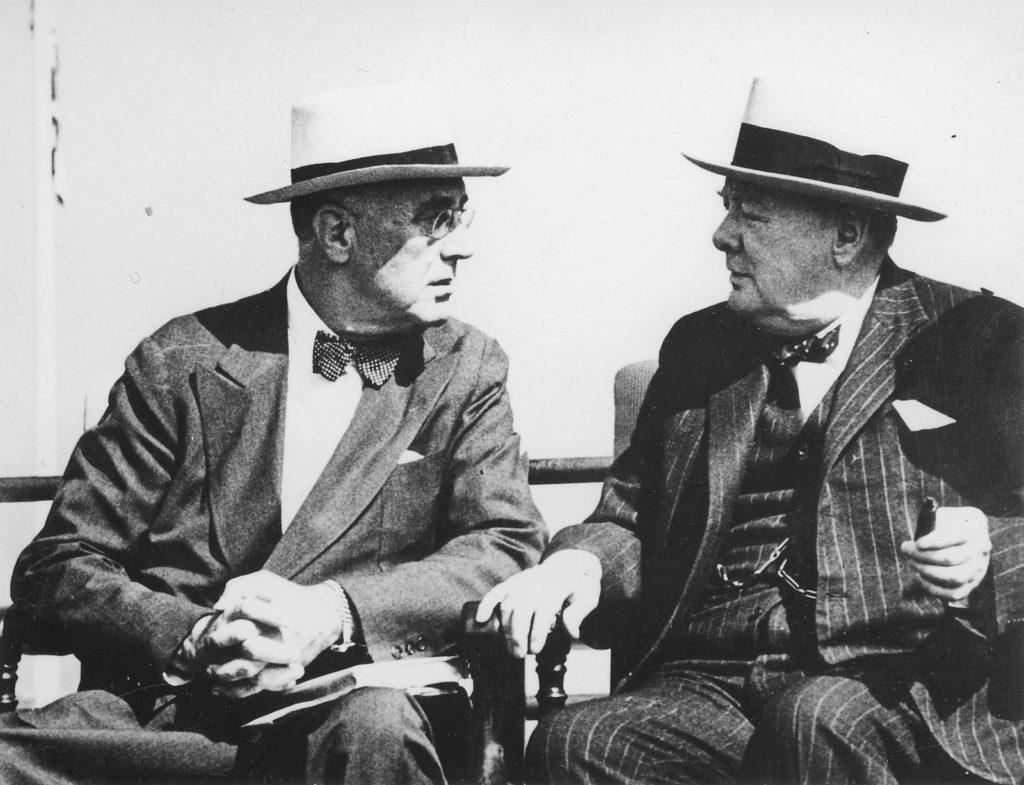 Франклін Рузвельт та Вінстон Черчилль. Фото з сайту russianmind.com