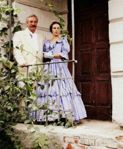 Актори Ігор Кіянчук,Олена Суптеля, які виконали ролі Бахмутського та його коханки
