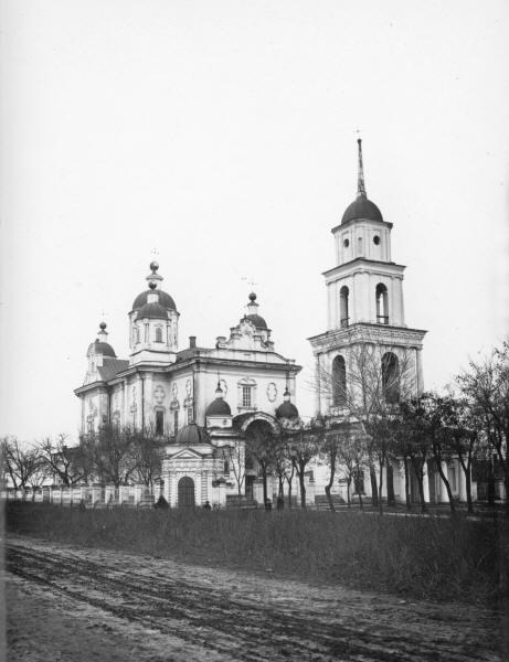 Свято-Успенський собор.
