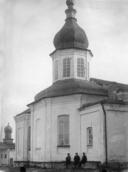 Хрестоздвиженський монастир. Трапезна церква.